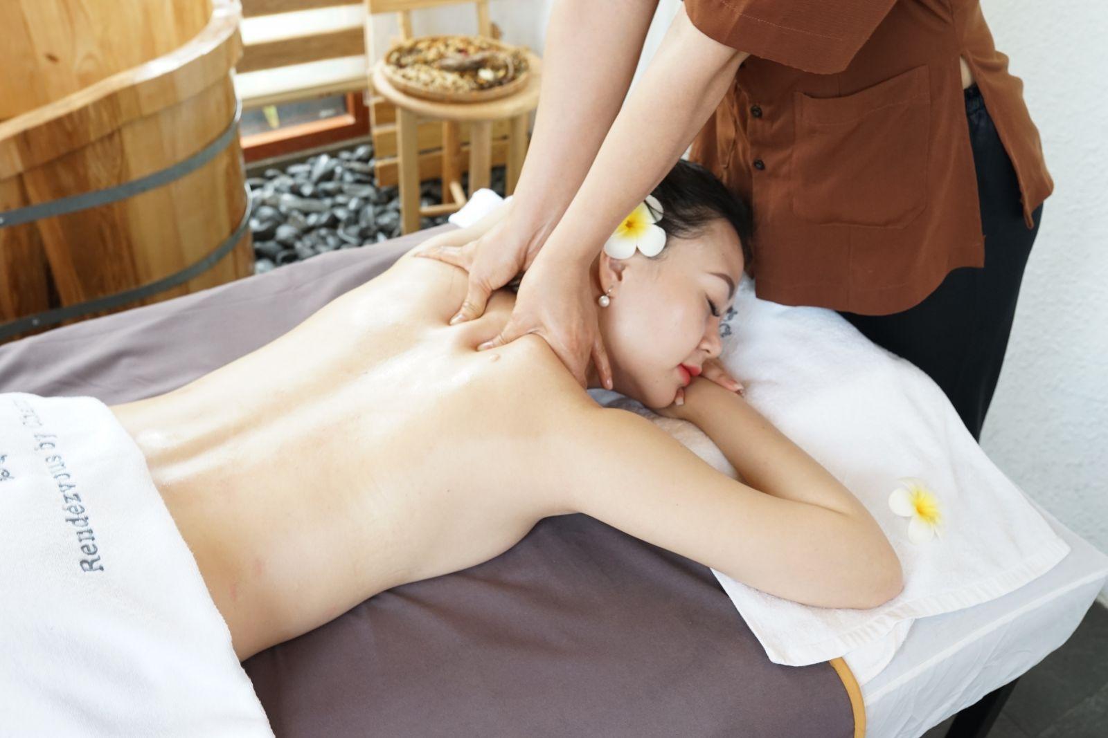 Charm Spa Massage
